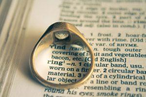wedding-ring-390030_640