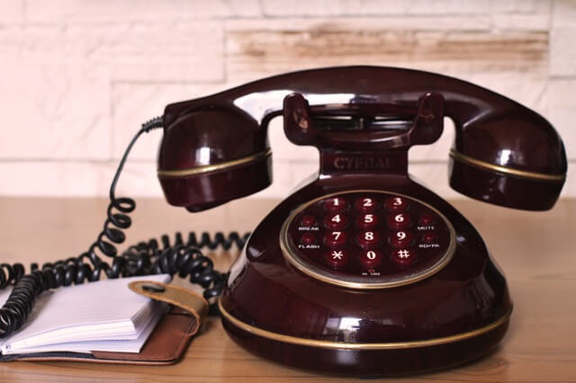vintage-communication-dialer-telephone-1